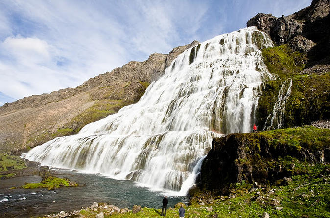 60 places to visit in Iceland